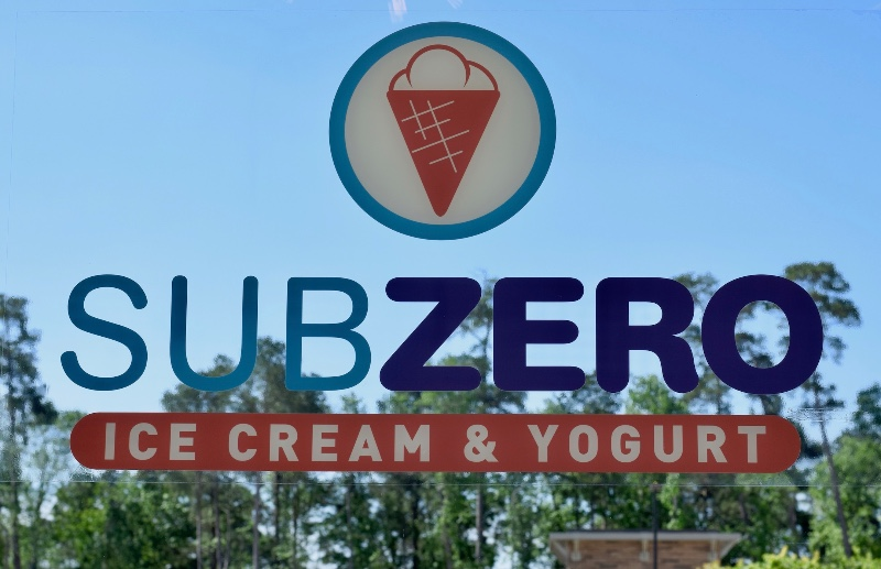 SUB ZERO Nitrogen Ice Cream Opens In Kingwood